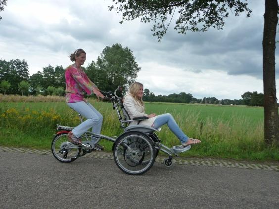 Elektro Rollstuhl Dreirad Fahrrad O-Pair von vanRaam