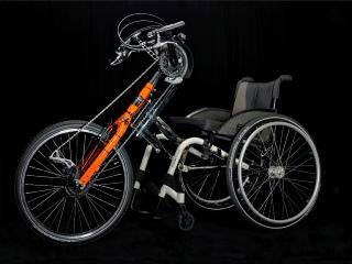Handbike als Rollstuhl Vorspannbike mit Elektromotor