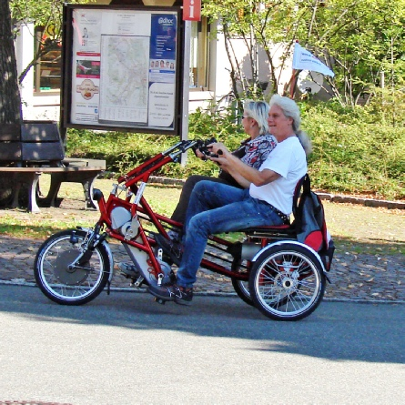 Fun2Go Elektro Dreirad für 2 Personen