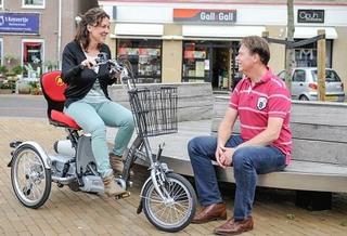 Scooter Elektro Dreirad mit Fahrradpedalen
